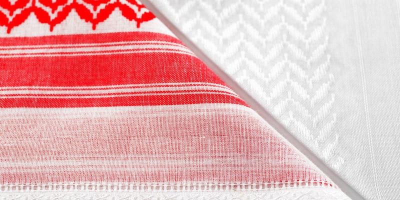 Red and White Ghutra, الغترة باللون الأحمر والأبيض